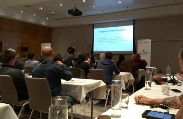 Presenting on stage at the Internet Profits Partners workshop, January 2017